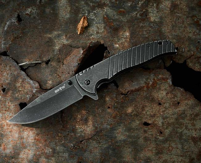 Нож складной, цельнометаллической конструкции, с покрытием от царапин, с двумя способами раскладывания