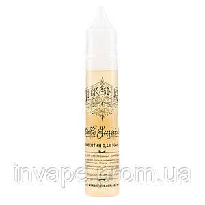 Жидкость для электронных сигарет Wick&Wire - Apple Suspicious (Красное яблоко, корица, ваниль) 30мл, 4 мг