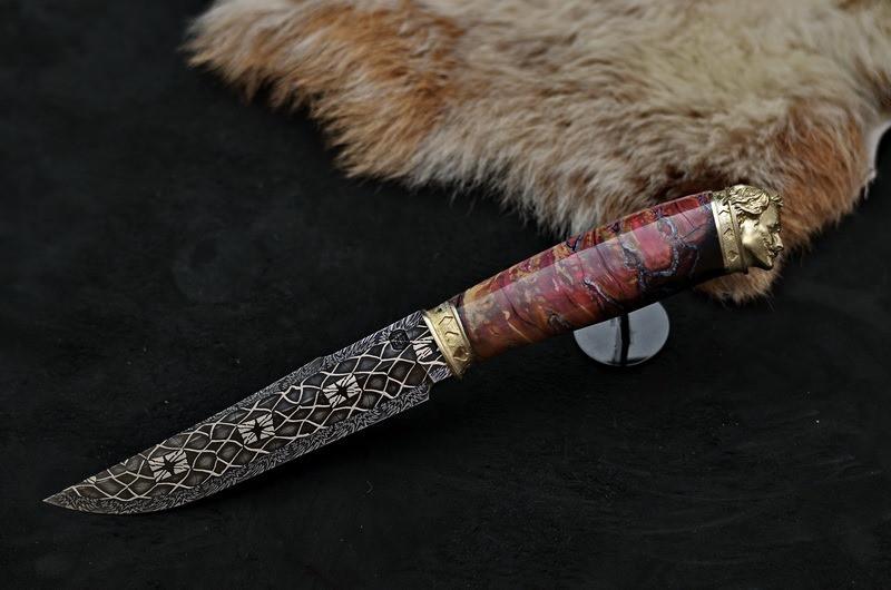 """Авторский коллекционный нож с зубом мaмонта """"Joker"""", мозаичный дамаск"""