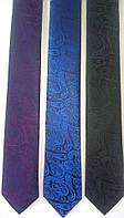 Галстук узкий, натуральный шелк высокого качества.