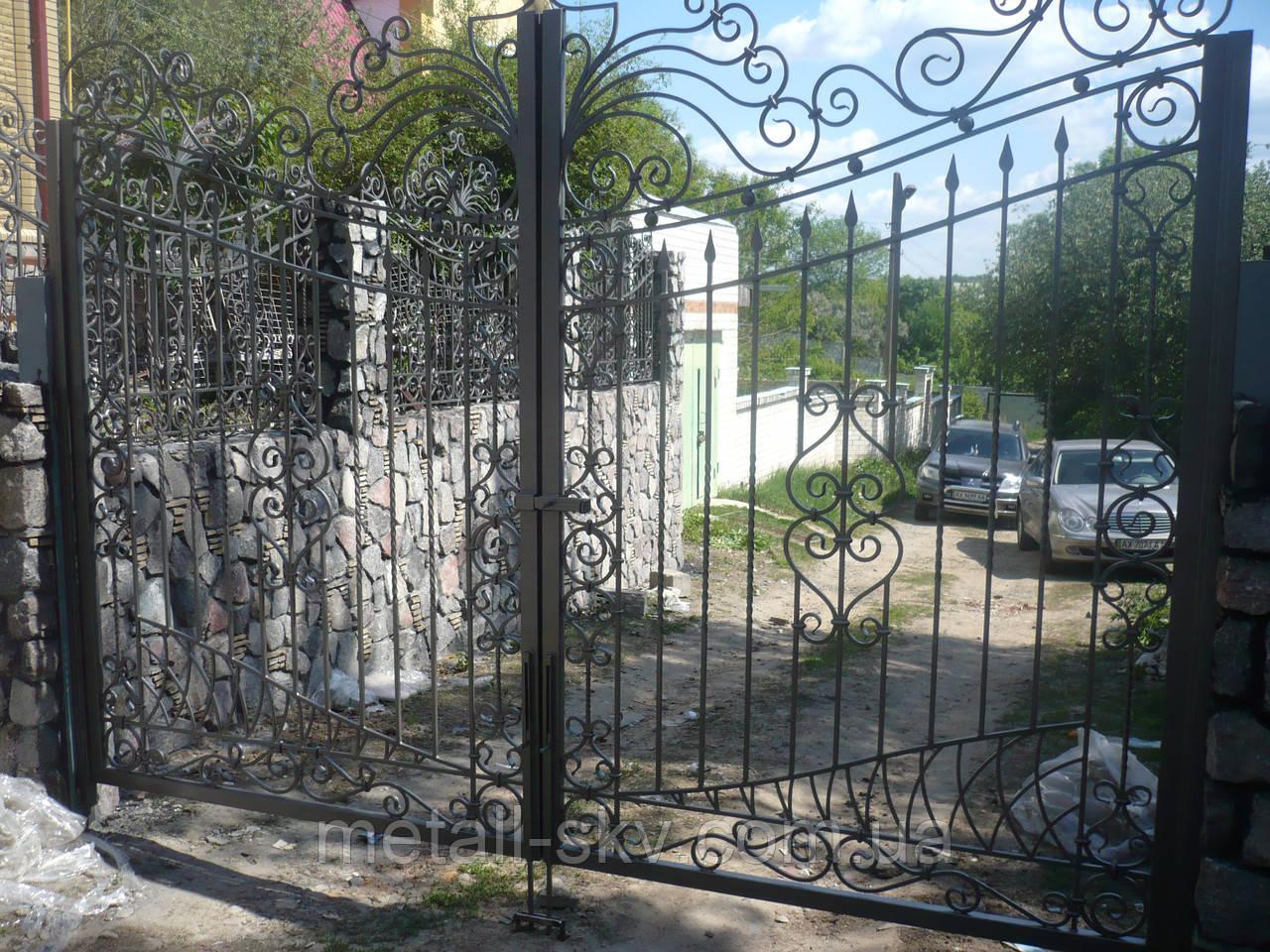 Ворота и ограждения прозрачные кованые