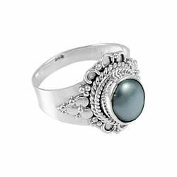 Серебряное кольцо с жемчугом, Ø7 мм., 2042КЦЖ