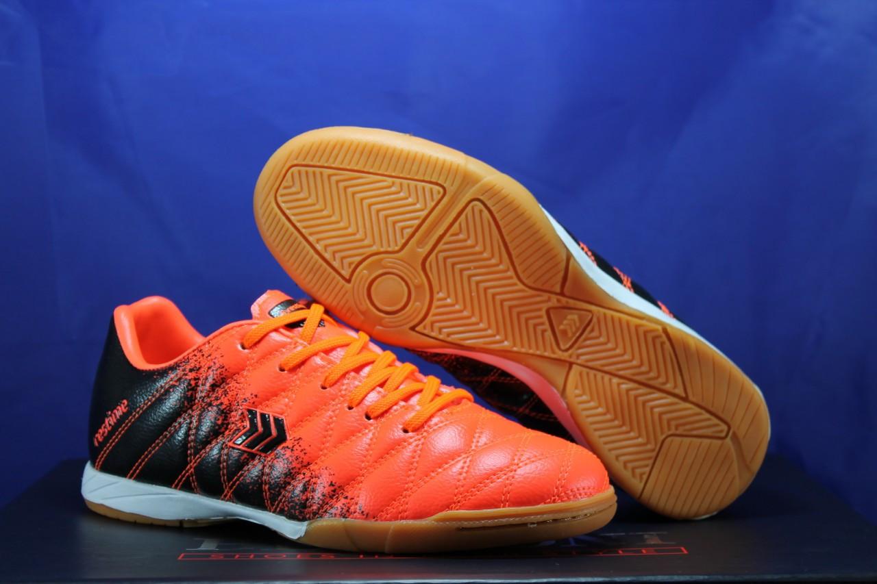 Обувь для футбола, подростковые бампы оранжевые Restime 37 размер