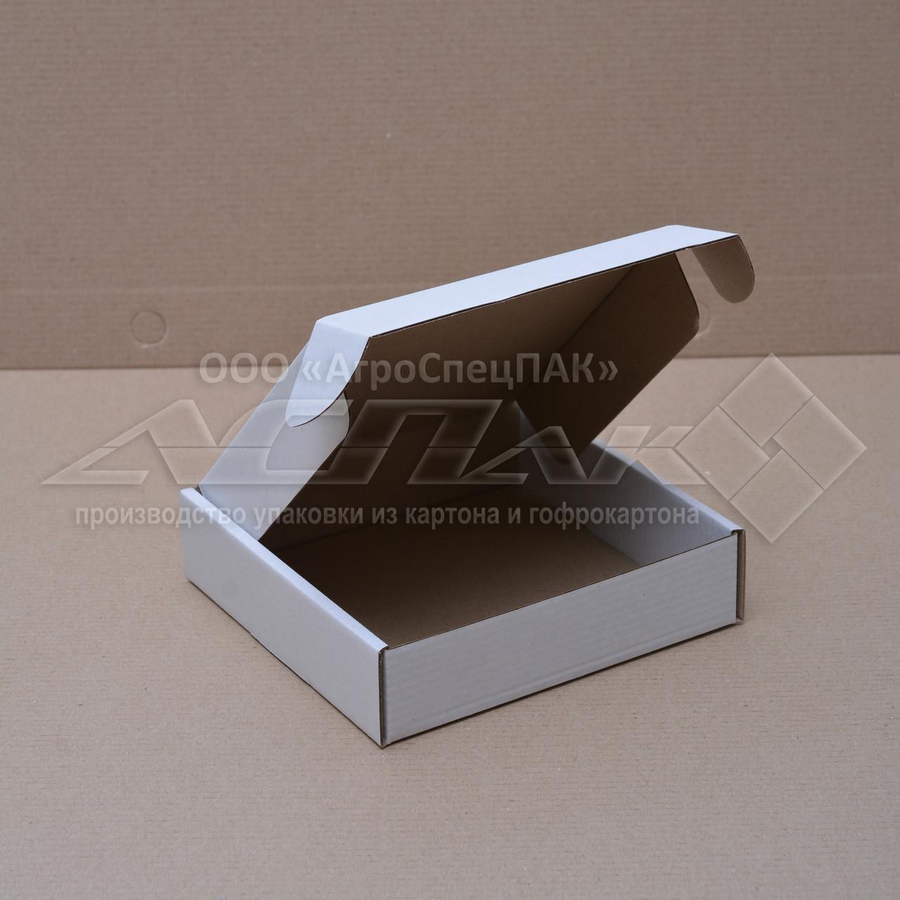Картонные коробки 150*150*38 белые