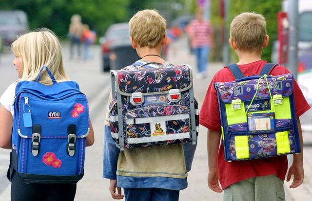 Как выбрать рюкзак для первоклассницы