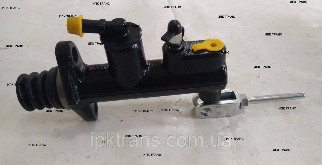 Главный тормозной цилиндр на погрузчик TCM FG15T13  239A540102 / 239A5-40102