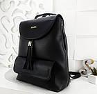 Женский рюкзак-сумка черного цвета, из структурной эко кожи (под бренд), фото 4