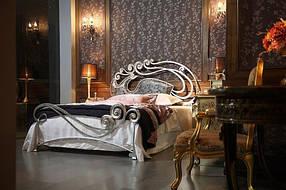 Кровати из дерева и металла