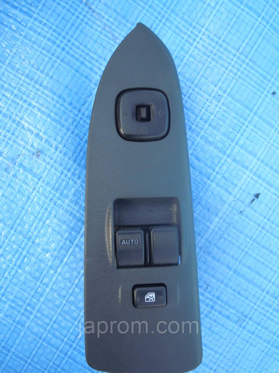 Блок кнопок стеклоподъемников и регулировки зеркал(на 2дв) Mazda 323 BJ 626 GF Premacy Рестайл