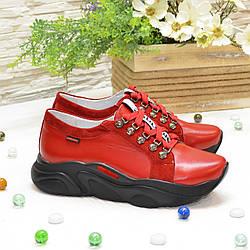 Кроссовки женские комбинированные на спортивной подошве, цвет красный