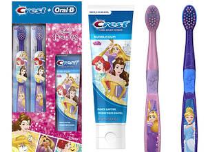 Набор из двух зубных щеток Oral-B и зубной пасты Crest (США) Disney Princess Oral-B  and Crest Toothpaste