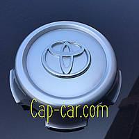 42603-60250. Колпачек для оригинального диска Toyota Lend Cruiser 100 серый+хром