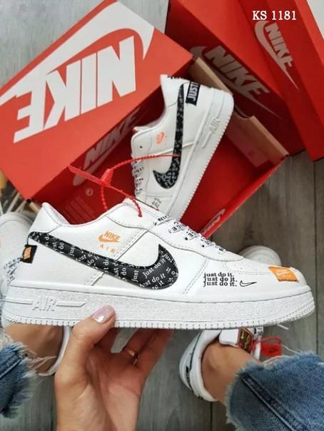 Чоловічі кросівки Nike Air Force Low (білі)