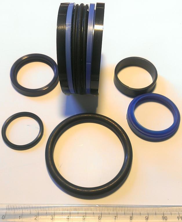 Ремкомплект гидроцилиндра руля ф32 мм.