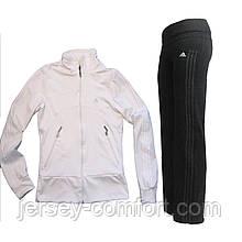 Костюм спортивный  эластан. Кофта белая, брюки черные.Мод. 165.