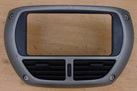 Рамка магнитолы Дефлекторы центральных воздуховодовToyotaRav 4 II2000-20055541042080   55421190H   5542142