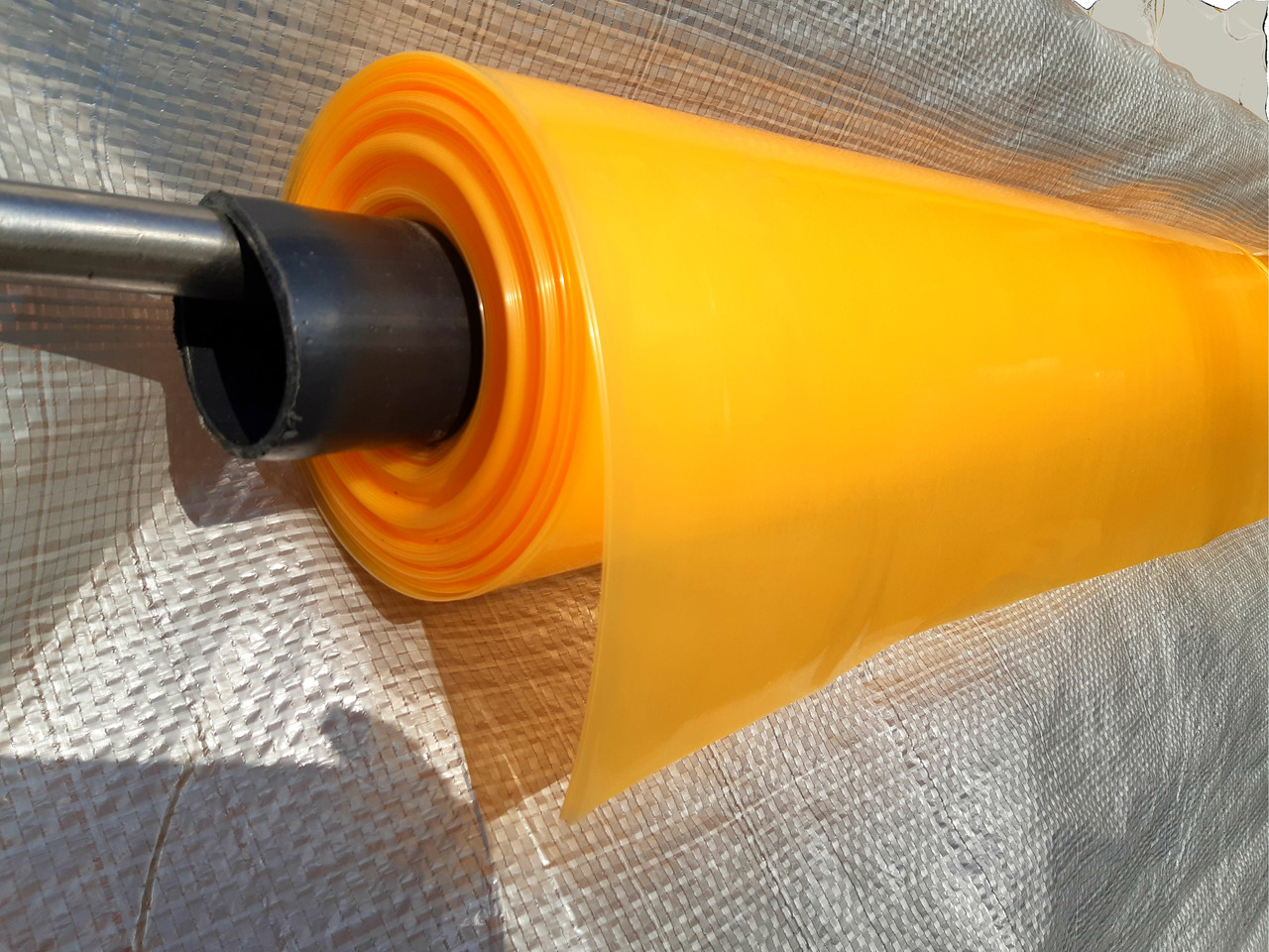 Пленка тепличная на метраж 80мкм, 6м ширина, уф-стаб. 24 месяца ,(оранжевая).