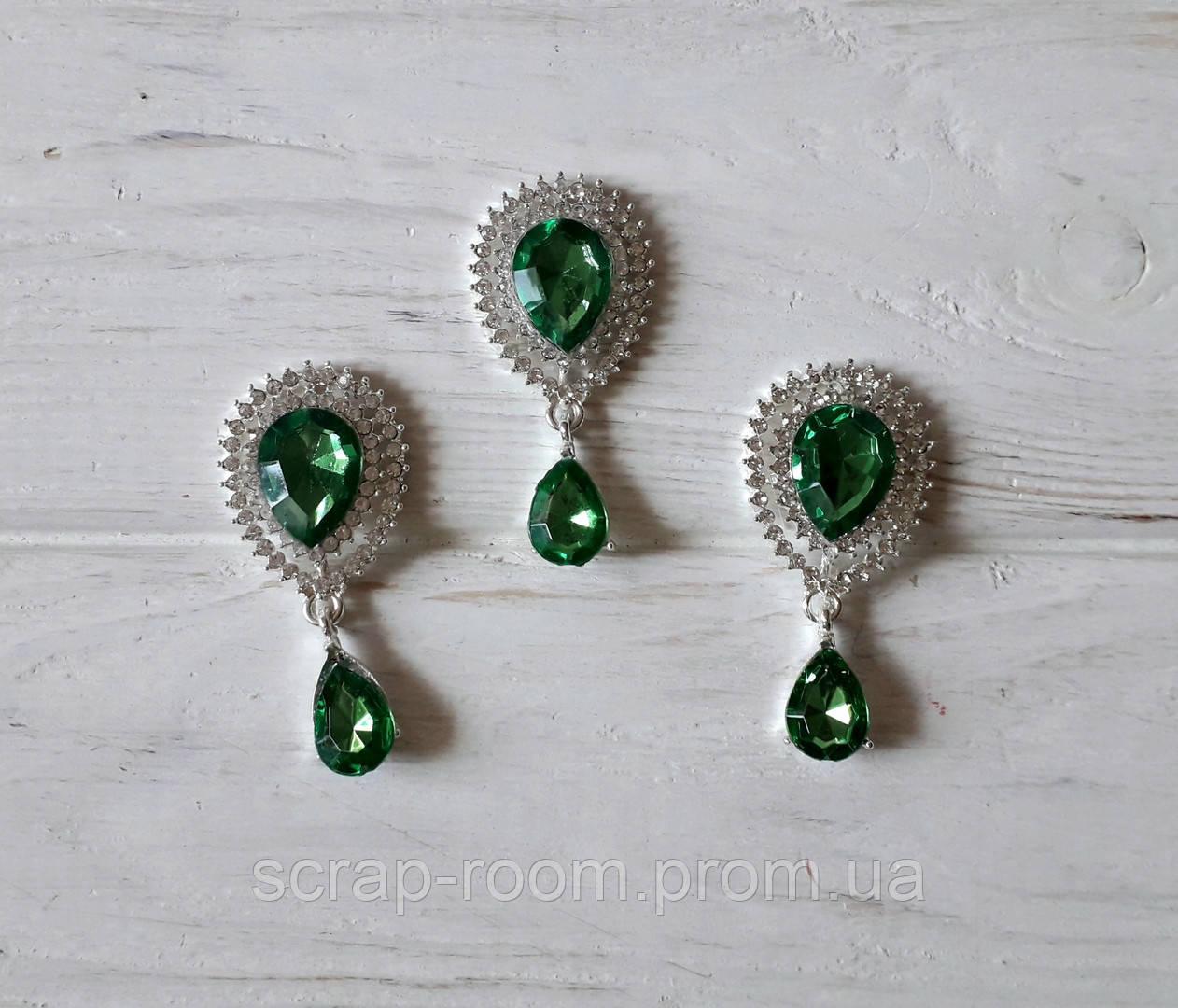 Брошь, брошь серебро с зеленым камнем, брошь с подвеской, брошь свадебная, размер 25*50 мм, цена за шт