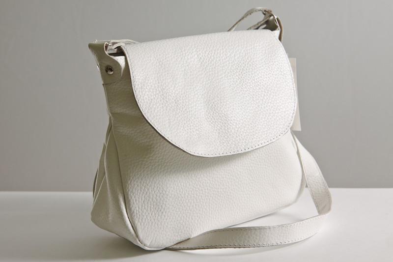 db1518dc48c5 Маленькая сумка женская из натуральной кожи. Модель 05 молочно белый флотар  - Интернет-магазин