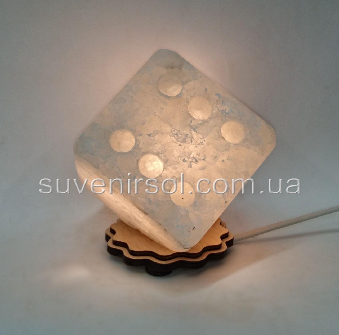 Соляной светильник Кубик Зарик средний