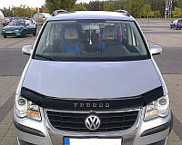 Дефлектор на капот (мухобойки)  Volkswagen Touran 2007-2010