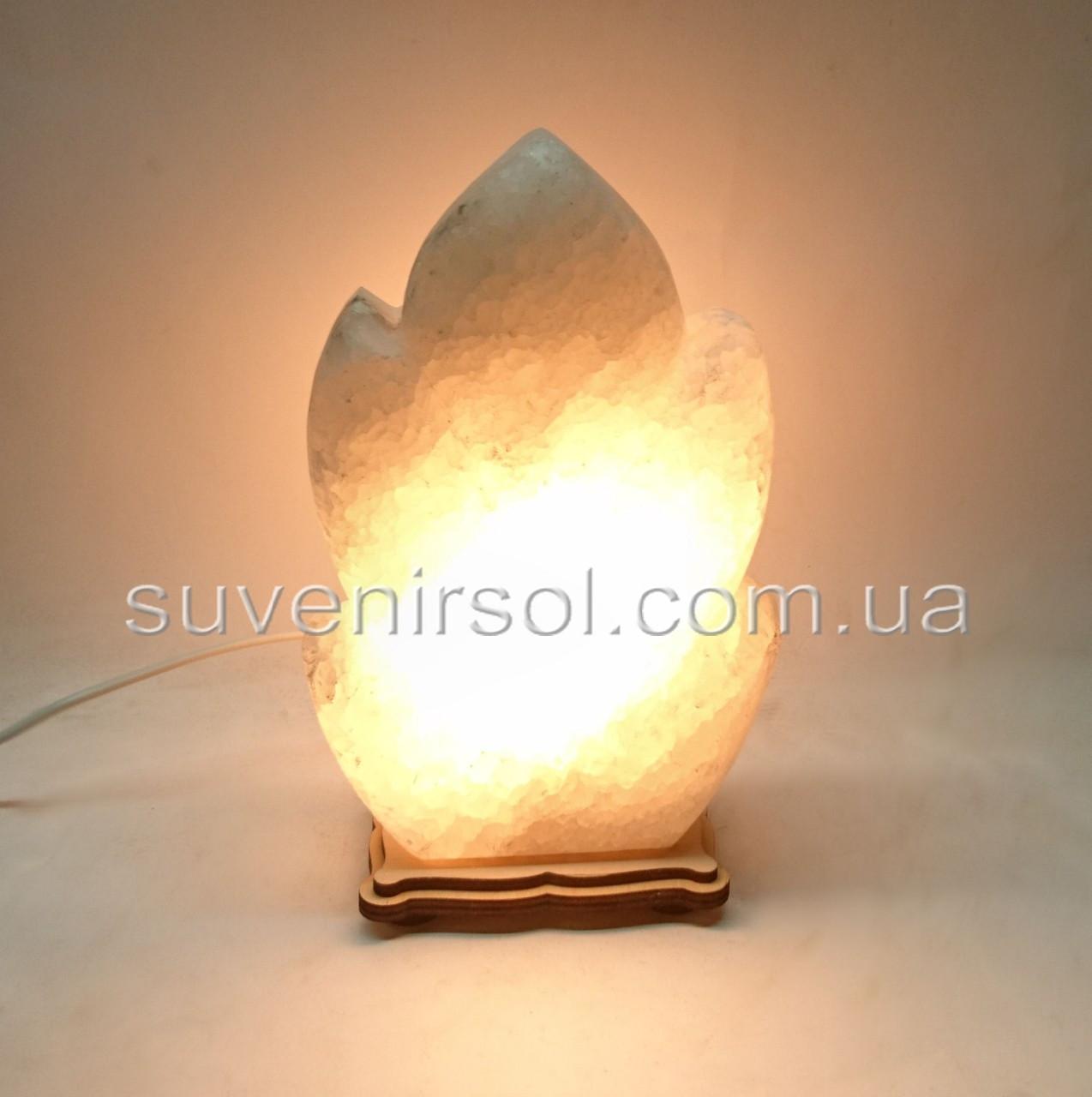Соляной светильник Листик резной