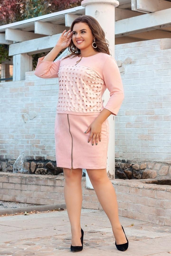 Короткое женское замшевое платье со вставками молний 52, 54, 56, 58