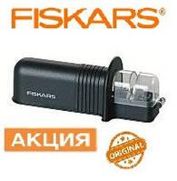 Точилка Fiskars для ножей FISKARS ESSENTIAL ROLL-SHARP BLACK.  Страна производитель Финляндия.