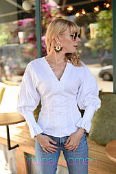 Женская стильная белая рубашка с объемными рукавами