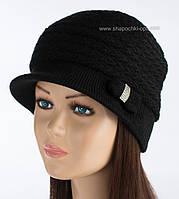 Теплая вязаная шапка с козырьком Марго цвет черный