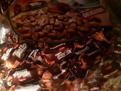 Жувальна цукерка ( TOFFIX) смак кави 200 грам