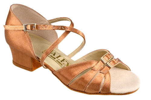 Танцевальная обувь девочек блок каблук - Tatyana ch