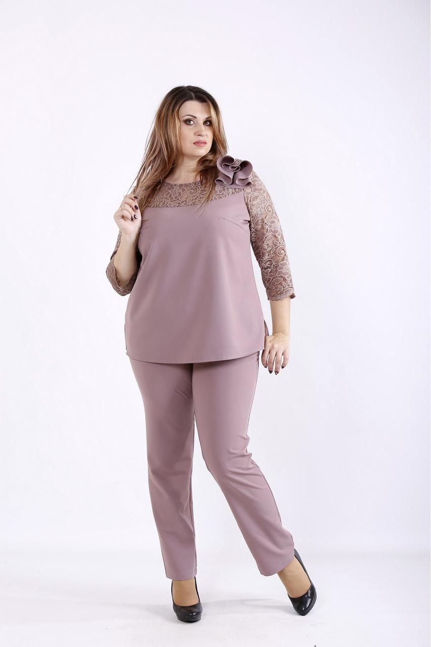 01255-2   Бісквітний костюм: блуза і брюки боьшого розміру 42-74.