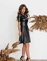 Платье из ткани «под латекс» А-силуэта, черный