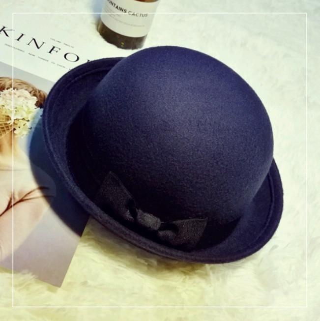 Шляпа женская фетровая котелок с бантиком темно-синяя