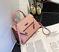 Сумка в стиле Эрмес Келли 20см / фурнитура серебро фактура крокодил / PU-кожа Розовый, фото 3
