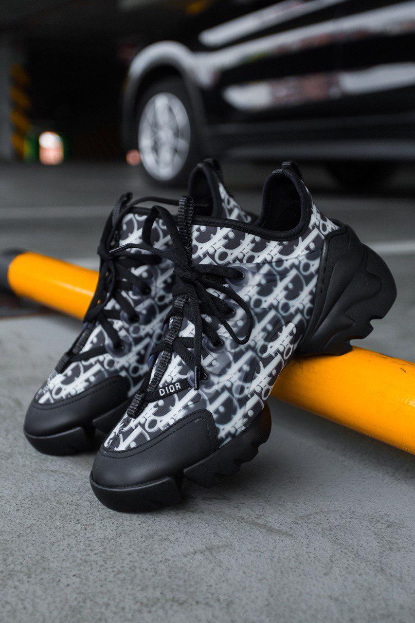 Стильные кроссовки Dior D-Conneckt 'Kaleidiorscopic'
