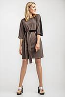 Элегантное женское платье цвета латте