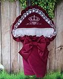 Красивый  велюровый конверт на выписку с итальянским кружевом, вышивкой и рюшами, фото 7