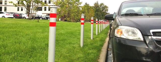 Столбики для ограждения тротуаров и парковки