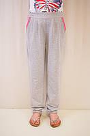Оригинальные и стильные трикотажные штаны для девочки в школу.