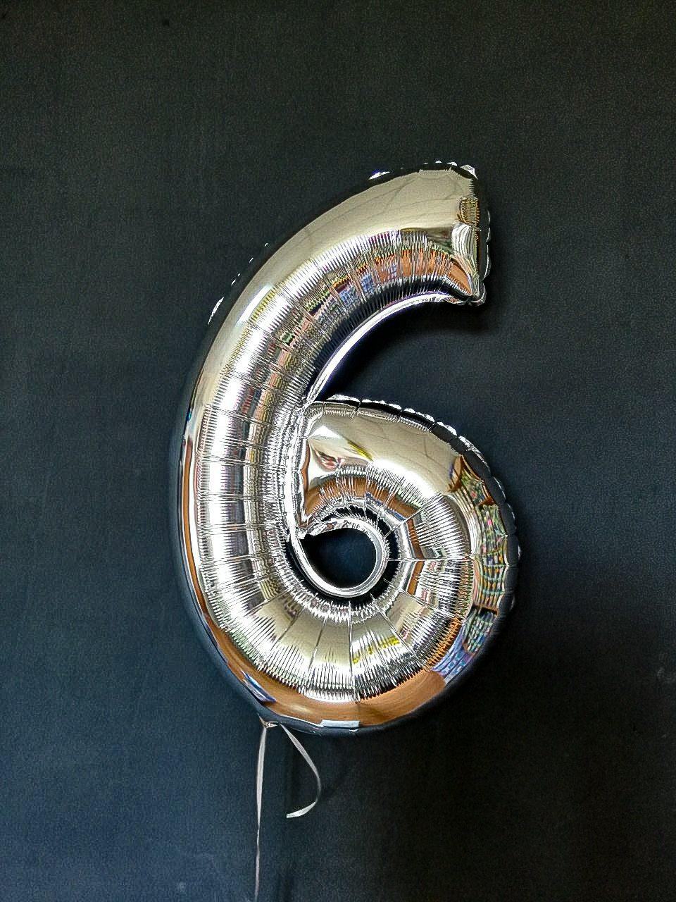 """Фольгована цифра срібло """"6""""   32"""" (80см) в упаковці"""