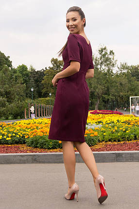 Деловое  платье средней длины на пуговицах   цвет бордо, фото 2