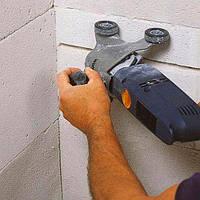 Штроблення стіни під провід (газоблок)
