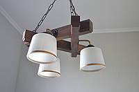 Подвесная люстра из дерева на 3 плафона