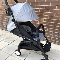 Детская коляска YOYA 175 A+ серый оксфорд (рама белая/чёрная) 4х ярусный капор