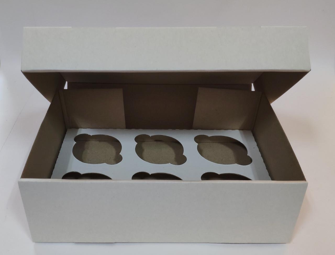 """Картонна коробка """"Біла на 6 капкейків"""" (усил) 5 шт"""