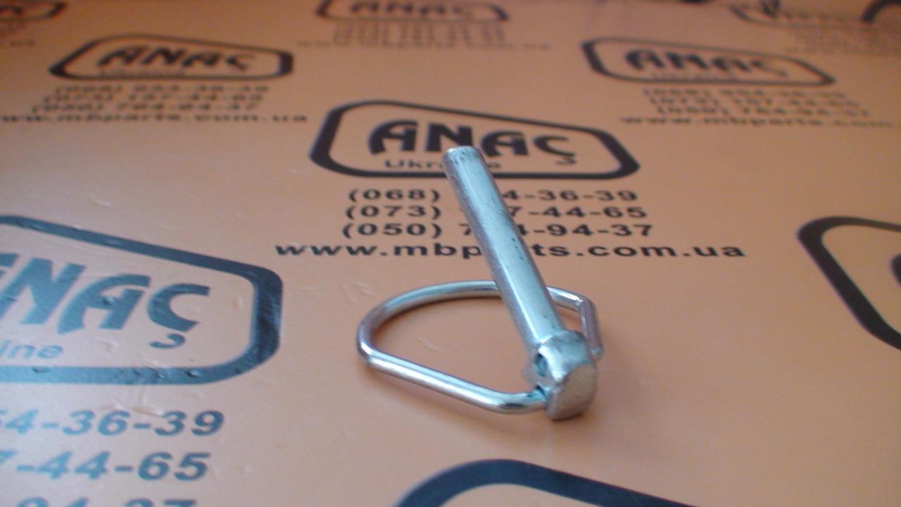 826/00600 Стопор пальца переднего ковша (40мм) на JCB 3CX, 4CX