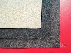 Кожволон листової 700*520*3мм колір чорн.
