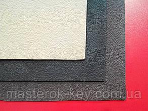 Кожволон листовой 700*520*3мм цвет черн.